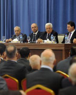 لقاء الرئيس ابو مازن و وفد من رجال الاعمال الداخل