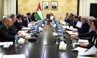 اشتية يلتقي وفدا من اتحاد جمعيات رجال الاعمال الفلسطينيين